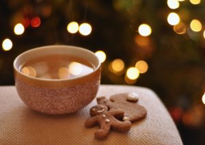 boisson chaude et biscuits